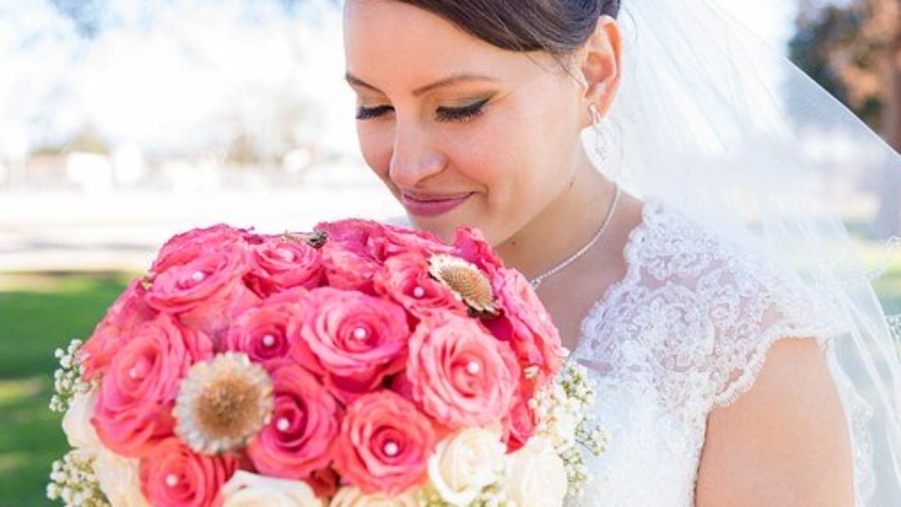 bride-1520821__340