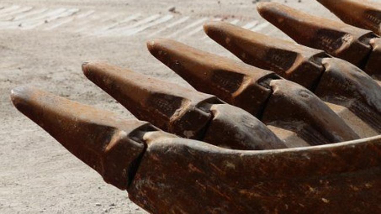 excavator-buckets-167744__340